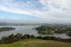 Новая Зеландия: Деревня гавани Mangonui Стоковая Фотография RF