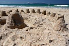 Новая Зеландия: песок пляжа лета рокирует h Стоковая Фотография RF