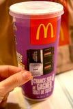 Новая игра монополии на продуктах Mac Donalds Стоковое фото RF