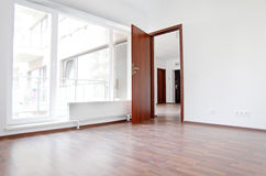 новая квартиры пустая