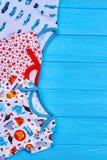 Новая одежда хлопка для младенца Стоковые Изображения RF