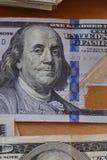 Новая 100 долларовых банкнот Стоковое фото RF