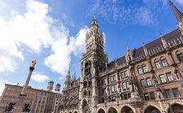 Новая ратуша на Marienplatz стоковые фото