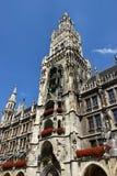 Новая ратуша (Neues Rathaus) в Мюнхене, Германии Стоковая Фотография RF