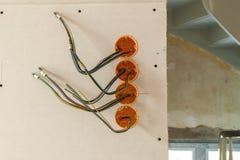 Новая электрическая установка, коробки гнезда пластичные и электрический Стоковые Изображения