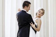 новобрачные танцы стоковое изображение rf