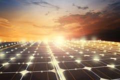 нововведение будущего фотоэлемента силы электричества энергии экологичности стоковое фото