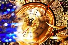 Новогодняя ночь на 5 минутах до 12 Стоковое Изображение
