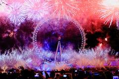 Новогодняя ночь в Лондоне Стоковые Изображения RF