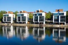 4 нового дома на береге Стоковые Изображения RF