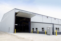 Новое здание металла под конструкцией, Стоковое фото RF
