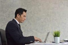 Новое поколение молодого бизнесмена Стоковая Фотография RF