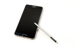 Новое примечание 5 галактики Samsung Smartphone с ручкой s Стоковая Фотография RF
