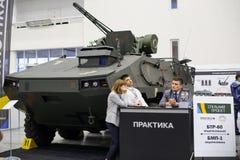 Новое украинское бронированное транспортное средство BTR-60 на выставке Стоковое Фото
