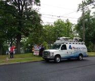Новости Van телевизионной передачи, Эн-Би-Си 4 Нью-Йорк, клуб резерфорда демократичный, Нью-Джерси, США стоковые фото