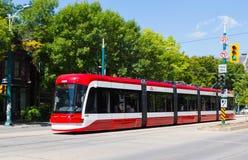 Новые автомобили улицы Торонто Стоковые Изображения