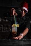 Новые Годы барменов Кубы Libre Стоковая Фотография