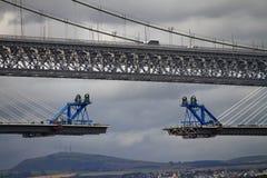 Новые и старые мосты стоковые изображения rf