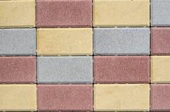 Новые красочные бетонные плиты для вымощать улиц Стоковое фото RF