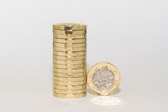 Новые монетки одного фунта Стоковое фото RF