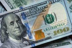Новые 100 долларовых банкнот Стоковая Фотография RF
