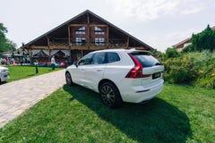 Новый автомобиль 2018 Volvo XC60 стоковые изображения rf