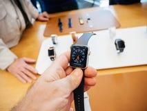 Новый вахта tachymeter серии 3 вахты Яблока Стоковое Фото