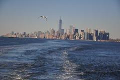 Новый взгляд от корабля, городское Манхаттан Jork Стоковая Фотография RF