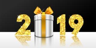 Новый Год карточки счастливое 3D подарочная коробка, смычок ленты, золотое число 2019 изолировала бело-черную предпосылку Золотое иллюстрация вектора