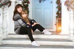 Новый Год и рождество семьи ждать Стоковые Фото
