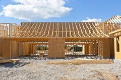 Новый дом под конструкцией стоковое изображение