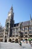 Новый здание муниципалитет в Мюнхене Стоковое Изображение RF