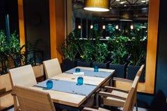 Новый и чистый роскошный ресторан в европейском стиле Стоковое фото RF
