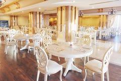Новый и чистый роскошный ресторан в европейском стиле Amara роскошная гостиница Dolce Vita курорт Tekirova-Kemer Стоковые Изображения RF