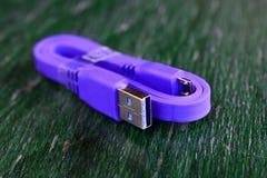 Новый кабель пурпура usb 3 стоковое изображение