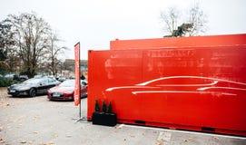 Новый красный автомобиль модели s Tesla электрический Стоковое Фото