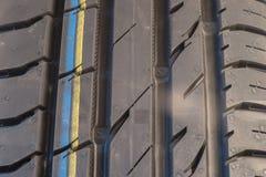 Новый крупный план автошины лета Стоковая Фотография RF