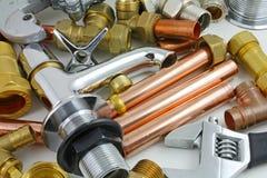 Новый медный pipework готовый для конструкции Стоковое Изображение