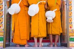 Новый монах, церемония посвящения монахов Стоковое Изображение