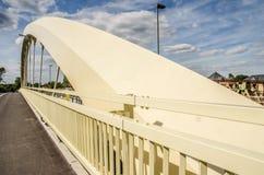 Новый мост Walton на Темзе Стоковые Фотографии RF