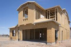 Новый дом под конструкцией стоковое фото