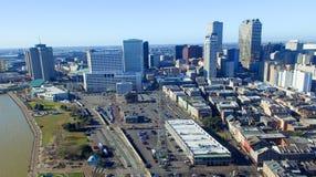 НОВЫЙ ОРЛЕАН, ЛА - ФЕВРАЛЬ 2016: Воздушный вид на город Новый Орлеан a стоковые изображения