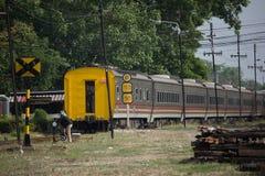 Новый пассажирский автомобиль поезда отсутствие 10 и 11 Имя трассы Uttara Стоковое Фото