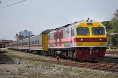 Новый пассажирский автомобиль поезда отсутствие 10 и 11 Имя трассы Uttara Стоковая Фотография
