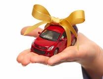 Новый подарок автомобиля. стоковое изображение rf