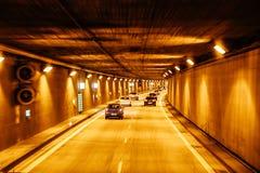 Новый тоннель на дорогах автобана Германии Стоковое Изображение RF