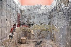 Новый трубопровод воды в стене Стоковые Фотографии RF