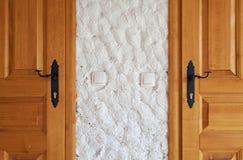 2 новых деревянных двери Стоковая Фотография