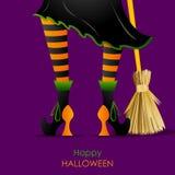 Нога ведьмы с Broomstick Стоковая Фотография RF