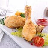 Нога и овощи цыпленка стоковая фотография rf